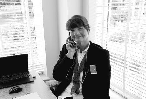 Claire Hanlon, Sales Consultant