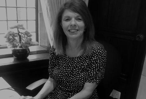 Susie Fox, Sales Consultant